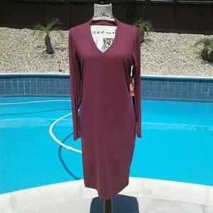 $ 25 sale today! Hot kiss key hole mauve dress